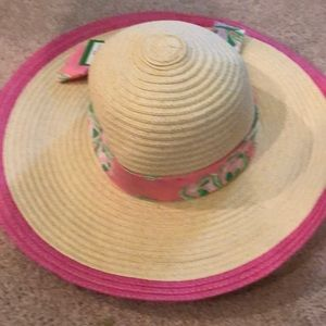 Lily Pulitzer straw hat with pink accents
